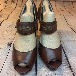Nine & Co. Brown Open Toe Heels